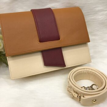 Flap clutches wallet-beige